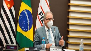 Queiroga anuncia novo acordo que prevê 100 milhões de doses da Pfizer