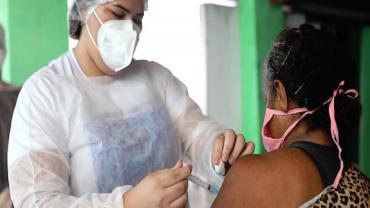 São Paulo antecipa vacinação contra Covid-19 de profissionais da educação