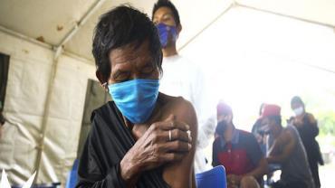 Indígenas poderão ter vacinação permanente contra covid-19