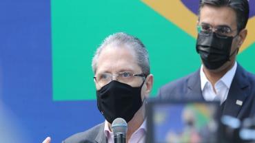Governo de SP anuncia vacinação anual contra Covid-19