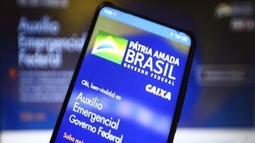 Caixa paga 4ª rodada do auxílio emergencial a nascidos em abril