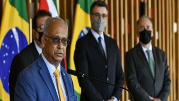 Brasil pode colaborar com Suriname no setor do petróleo, diz ministro
