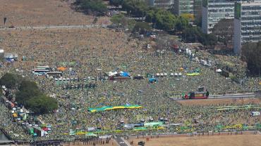 Jornalistas da RedeTV! fazem balanço das manifestações em todo o Brasil