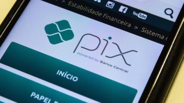 Procon-SP pede limite de transferências PIX para o Banco Central