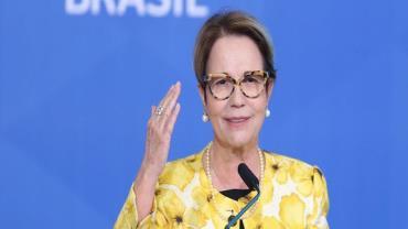Ministra da Agricultura, Tereza Cristina, testa positivo para a Covid-19
