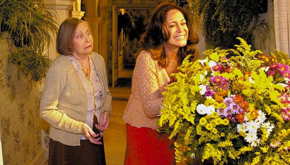 """Com toxoplasmose, a atriz Miram Pires morreu aos 77 anos. Ela chegou a ser afastada da novela """"Senhora do Destino"""" (2004)"""