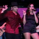 Anitta mostra todo o seu rebolado em pocket show no Rio