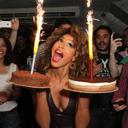 Sheron Menezzes comemora anivers�rio de 31 anos com famosos