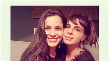 """Após críticas, Maria Ribeiro fala de amizade com Emilly Araújo: """"Não sabia que era BBB"""""""