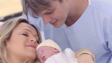 """Eliana posta primeira foto com a filha: """"Nossa Manu foi muito esperada"""""""