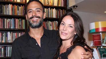 Casamento de Carolina Ferraz com o médico Marcelo Marins termina após seis anos