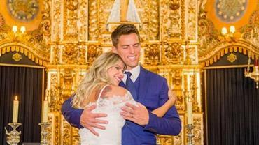 """Karina Bacchi compartilha fotos do casamento """"secreto"""" com Amaury Nunes"""