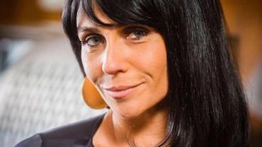Giovanna Antonelli é comparada a Gretchen ao posar morena e com lentes de contato