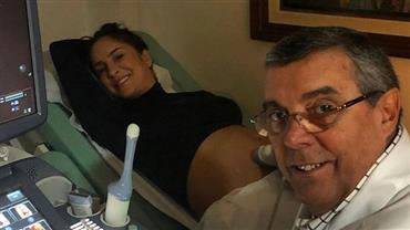 """Grávida, Claudia Leitte mostra rosto da filha em ultrassom: """"Posou pra foto, cheia de charme"""""""
