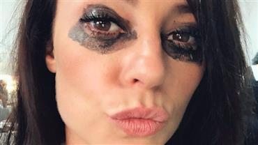 "Paolla Oliveira surpreende com maquiagem borrada e dispara: ""Vida real"""