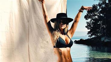 Giovanna Ewbank posa de biquíni e fãs reparam em detalhe estético