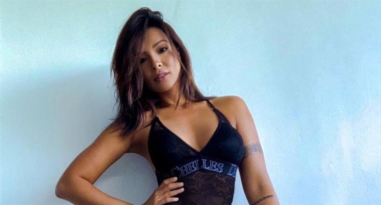 Carol Nakamura posa de body transparente e fãs apontam Photoshop