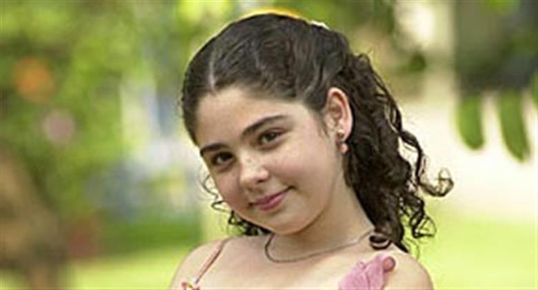 Ex-atriz mirim Marcela Barrozo surpreende ao surgir em clique de biquíni no Havaí
