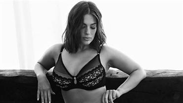 "Nua, Ashley Graham mostra estrias e celulites: ""Mesma, mas diferente"""