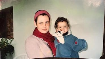 """Filha de Fernanda Young desabafa após morte da mãe: """"Minha maior inspiração"""""""