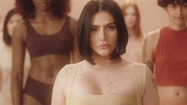 Cleo é chamada de gorda ao postar foto de lingerie e rebate internauta
