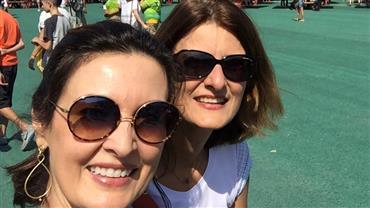 Gêmeas? Fátima Bernardes posa com a irmã e semelhança impressiona internautas