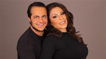 Thammy Miranda celebra oito meses de gravidez de Andressa Ferreira com clique fofo