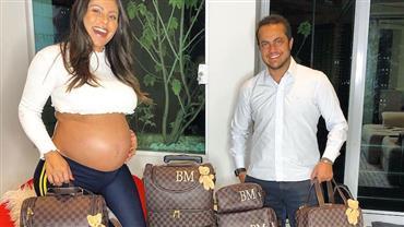 Exagero? Thammy Miranda e Andressa Ferreira mostram malas do filho e dividem opiniões