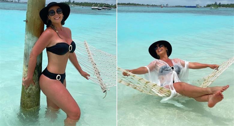 """Carla Perez comemora 42 anos e posta fotos de biquíni: """"Só gratidão"""""""