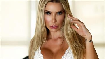 BBB20: Irmã de Marcela investe em fotos sensuais e impressiona web