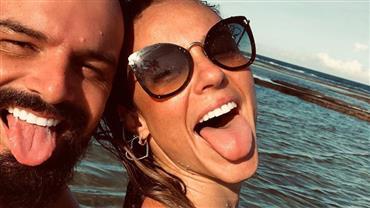 Namorado de Paolla Oliveira posta 1ª foto do casal e se declara no aniversário da atriz