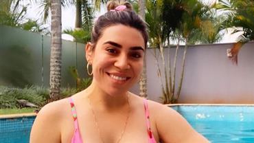 "Naiara Azevedo exibe curvas de biquíni e Marília Mendonça exalta: ""Corpaço hein, fia"""