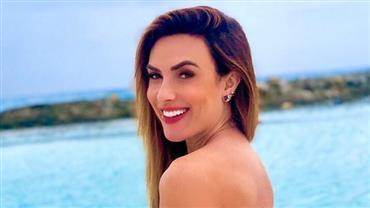 """De biquíni, Nicole Bahls ostenta bumbum avantajado e impressiona fãs: """"Perfeita"""""""
