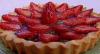 Convidada de Edu Guedes, Júlia Pereira prepara torta de morango alemã