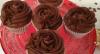 Convidada de Edu Guedes ensina receitas de cupcake e alfajor
