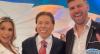 Flávia Viana e Marcelo Zangrandi invadem bastidores de emissora