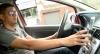 Multas por uso de celular ao volante triplicaram no Brasil no último ano