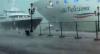 Navio de cruzeiro perde controle e quase bate em iate de turismo em Veneza
