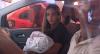 Pais de bebês trocados em hospital decidem morar juntos em Goiás