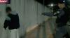 Foragido da Justiça foge ao avistar a polícia, mas volta para cadeia