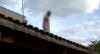 """Traficante tenta se esconder em telhado: """"O pensamento foi correr"""""""