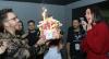 Bruna Marquezine ganha festa surpresa após show de Sandy e Junior