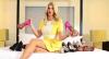 Val Marchiori mostra os sapatos mais caros de sua coleção exclusiva