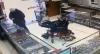 Cadeirante surdo tenta assaltar segurando arma com os pés no RS