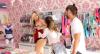 Gata arruma confusão ao tentar comprar lingerie para a prima
