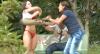Bonitona insegura pede opinião sobre o corpo e deixa mulherada furiosa