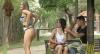 Loira arruma briga ao pedir para marmanjos tirarem foto do bumbum