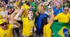 Torcedor sofre em vitória dramática da seleção na Copa do Mundo