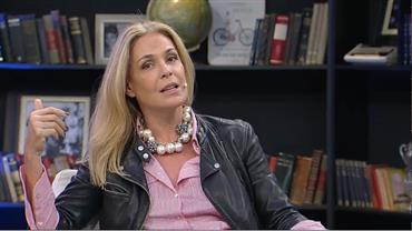 """""""A dramaturgia é machista"""", critica a atriz Carolina Ferraz"""