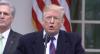 Donald Trump viaja à fronteira para exigir construção de muro